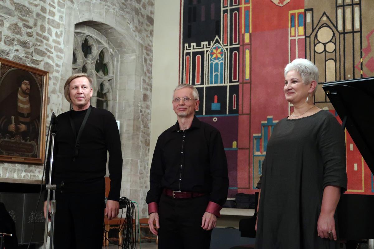 trio-enchanted3-1